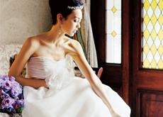 ph02 JUNO First Dress fair