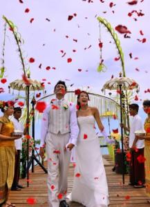 Ayana Resort Spa Bali gallery image width 330 4001 217x300 憧れの海外ウエディング